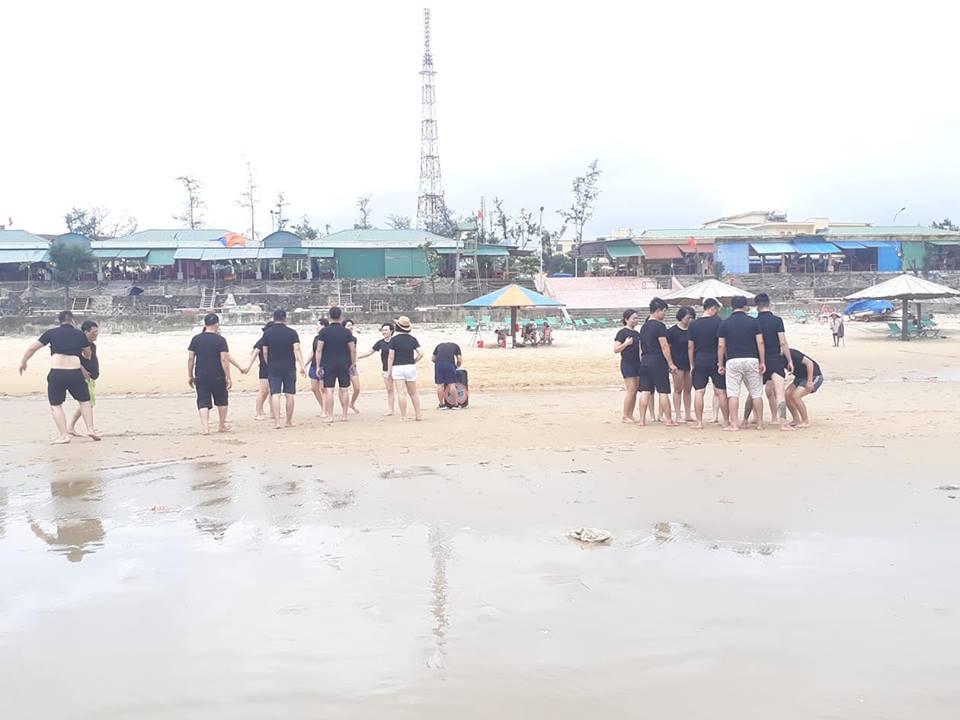 Hoạt Động Team Buiding Vô Cùng Sôi Nổi Của Tập Thể Công Ty Vẻ Đẹp Hoàn Mỹ Tại Bãi Biển Thiên Cầm-3
